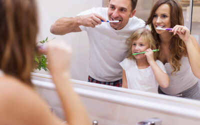 4 motivos por los que NO debes limpiar tu cepillo con agua oxigenada